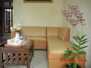 Bunga anggrek ungu  Cantik bila ditaruh di ruang tamu...tahan lama lagi a4026c22cd