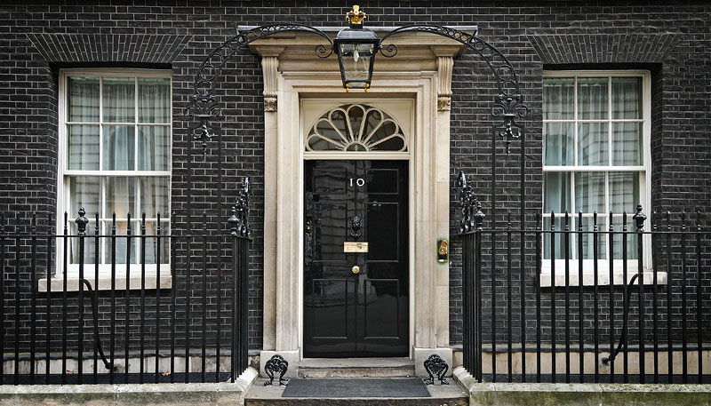 Top 10 Downing Street Door 800 x 457 · 126 kB · jpeg