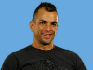 Ele é campeão: Dourado muda imagem e fatura R$1,5 milhão - Por  Nina Ramos / Rio de Janeiro