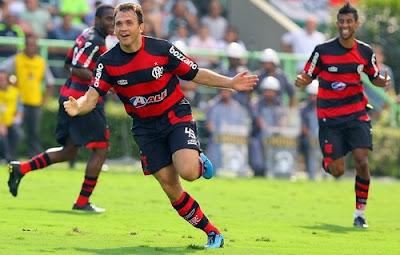 Flamengo bate o Palmeiras por 2 x 0
