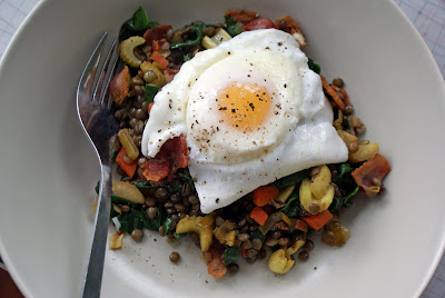Poached+egg+on+lentil+salad+2 Poached Eggs Over Warm Lentil Salad with Bacon
