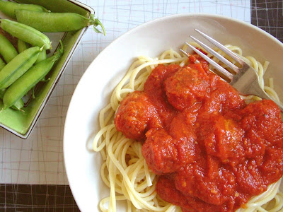 Spaghetti+%26+meatballs+%26+peas Day 226: Spaghetti & Meatballs