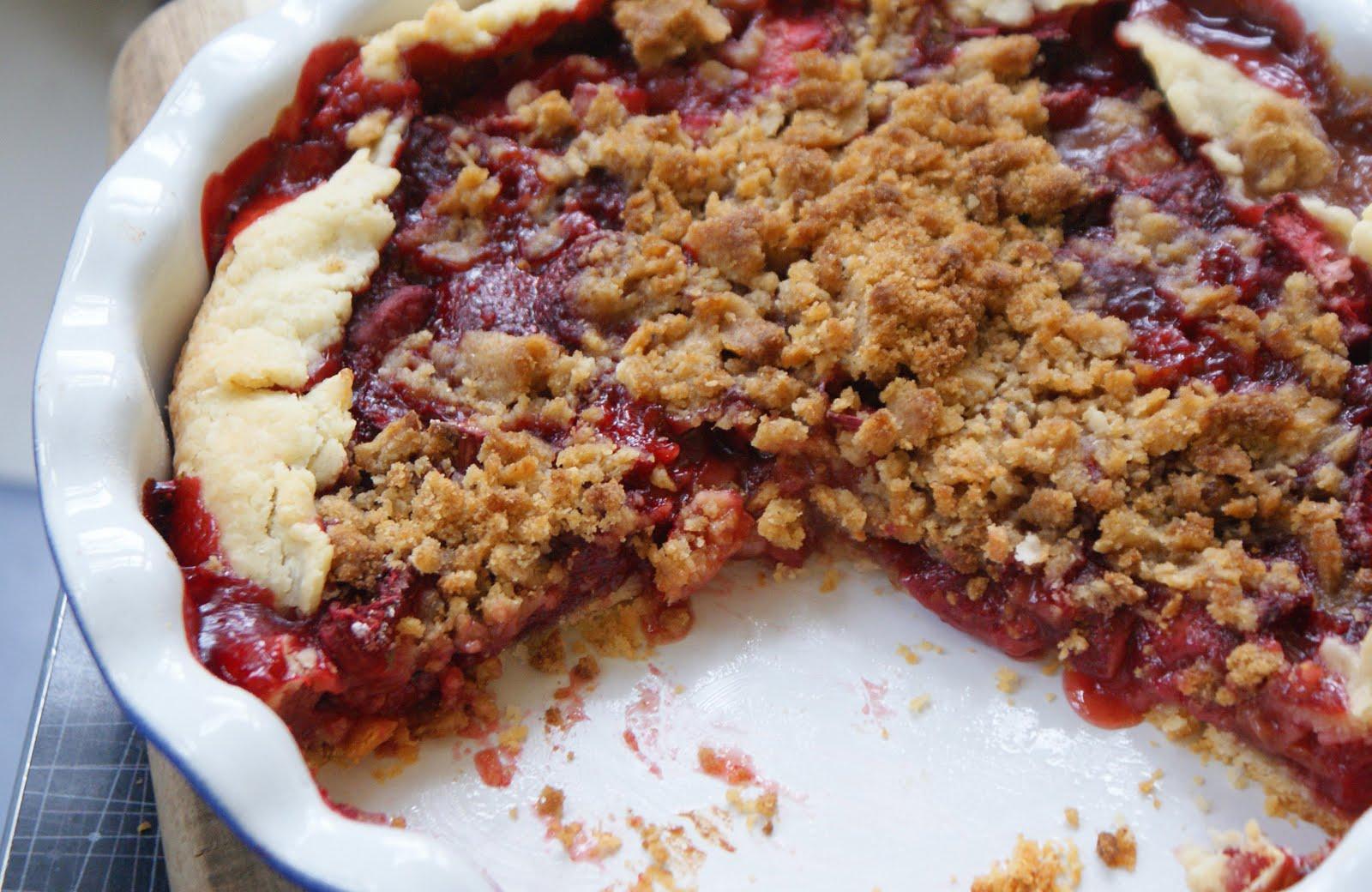 Strawberry Rhubarb Pie with Sour Cream Ice Cream - Dinner ...