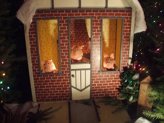 THE DEER: My Visit to the Christmas Storybook Land in Albany, Oregon