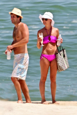 Katherine Heigl Candid Bikini Pictures from her Mexican Vacation with Cameltoe