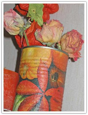 Skräp, dekorerad konservburk