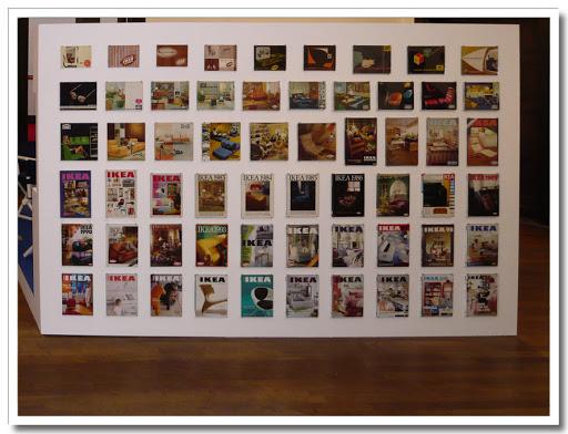 IKEA-kataloger upprätad vägg