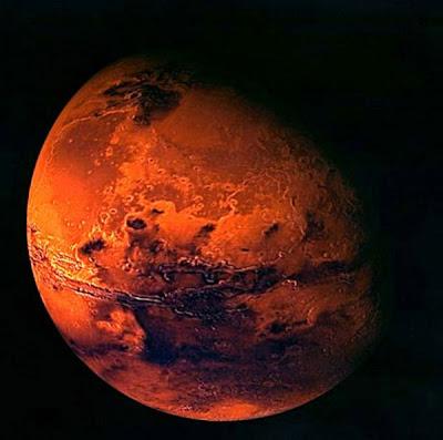 L'atmosphère de Mars saturée de vapeur d'eau !