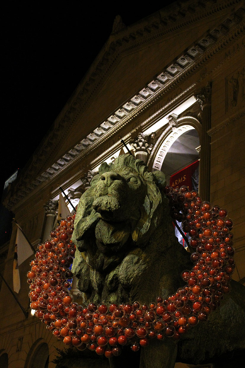 Lion in Christmas Wreath, Art Institute of Chicago, 2010