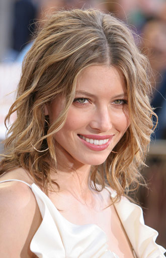 wavy hair styles: pictures of short wavy hair styles