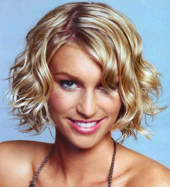 fine hair styles: wavy hair styles: pictures of short wavy hair styles