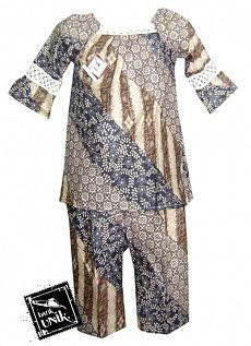 Baju Batik Setelan Santai Rajut Motif Batik Liris Kombinasi Besar