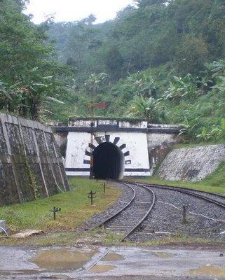 Terowongan Lampegan