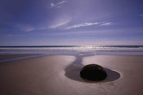 ВАЛУНЫ МОЕРАКИ,Новая Зеландия