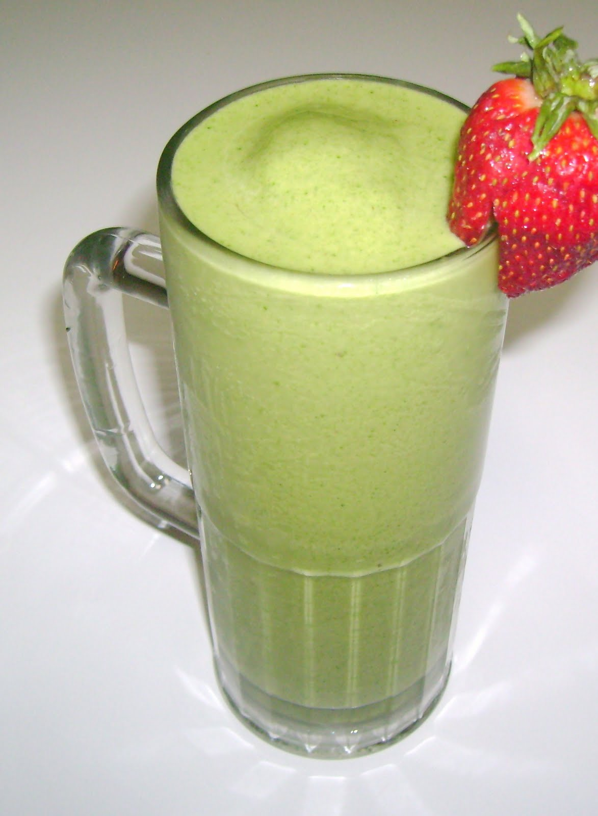 Petals Bath Boutique: Delicious Green Smoothie for Breakfast