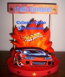 Celeste cielo creaciones adornos de torta hot wheels for Decoracion de cuarto hot wheels
