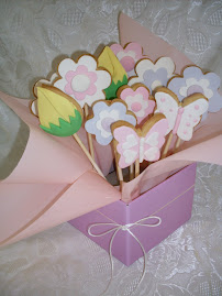 Easter flower biscuit bouquet workshop
