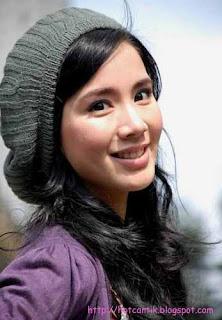 Monica Jill Gladys, Janda Muda Montok