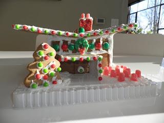 Cincinnati Modernation: Modern Gingerbread House