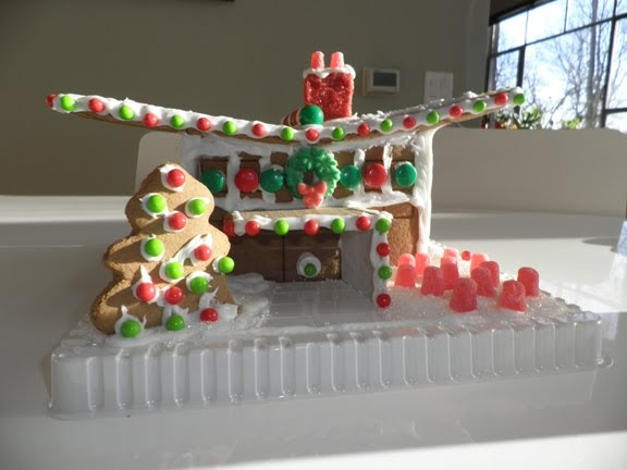 Cincinnati Modernation: Modern Gingerbread House