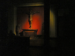 One of the side chapels in the Brompton Oratory