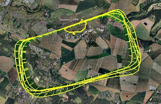 Aerodrome traffic pattern in Toussus