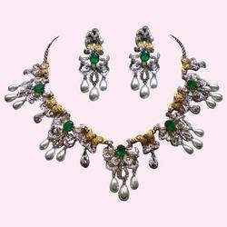 احلى اطقم ماسية شوفيها وما تشترى diamond-necklace-set