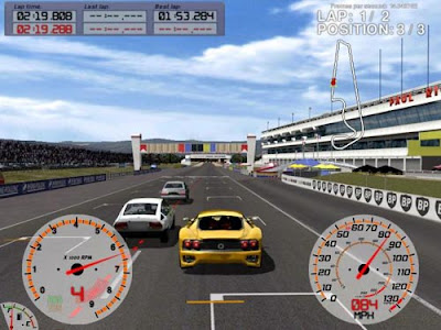 Auto Racing Computer Games on Game   That Attempts To Simulate Accurately Auto Racing  A