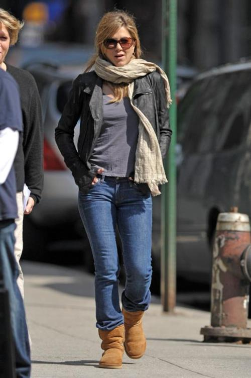 Fashions styles jennifer aniston style and fashion 2011 Jennifer aniston fashion style pictures