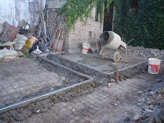 Rodriguez numa arquitectura piso de cemento alisado for Pisos para cocheras y patios