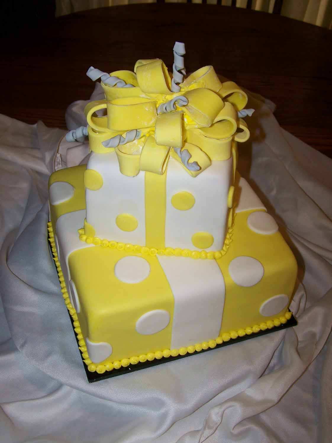 A Yellow & Gray Bridal Shower Cake