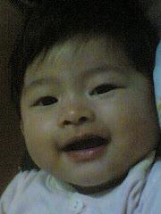 ini gambar anak kedua aku....amacam ada macam bapanya punya senyuman kan.....