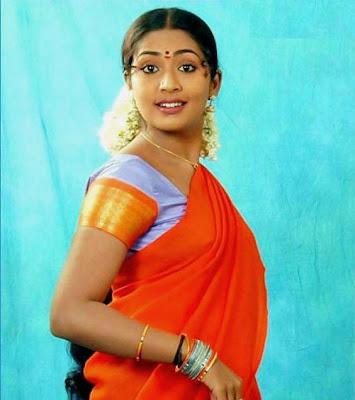 hot navel show of navya nair sandhya