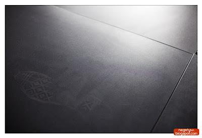 |1/50|f2.2|50mm|ISO 500|