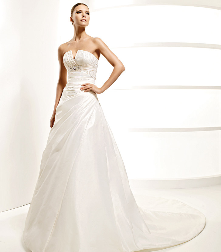 Simple Wedding Dresses 2010