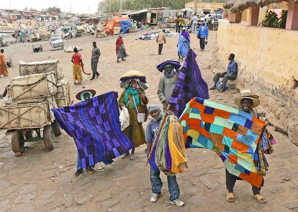 Blanket Vendors in Mopti