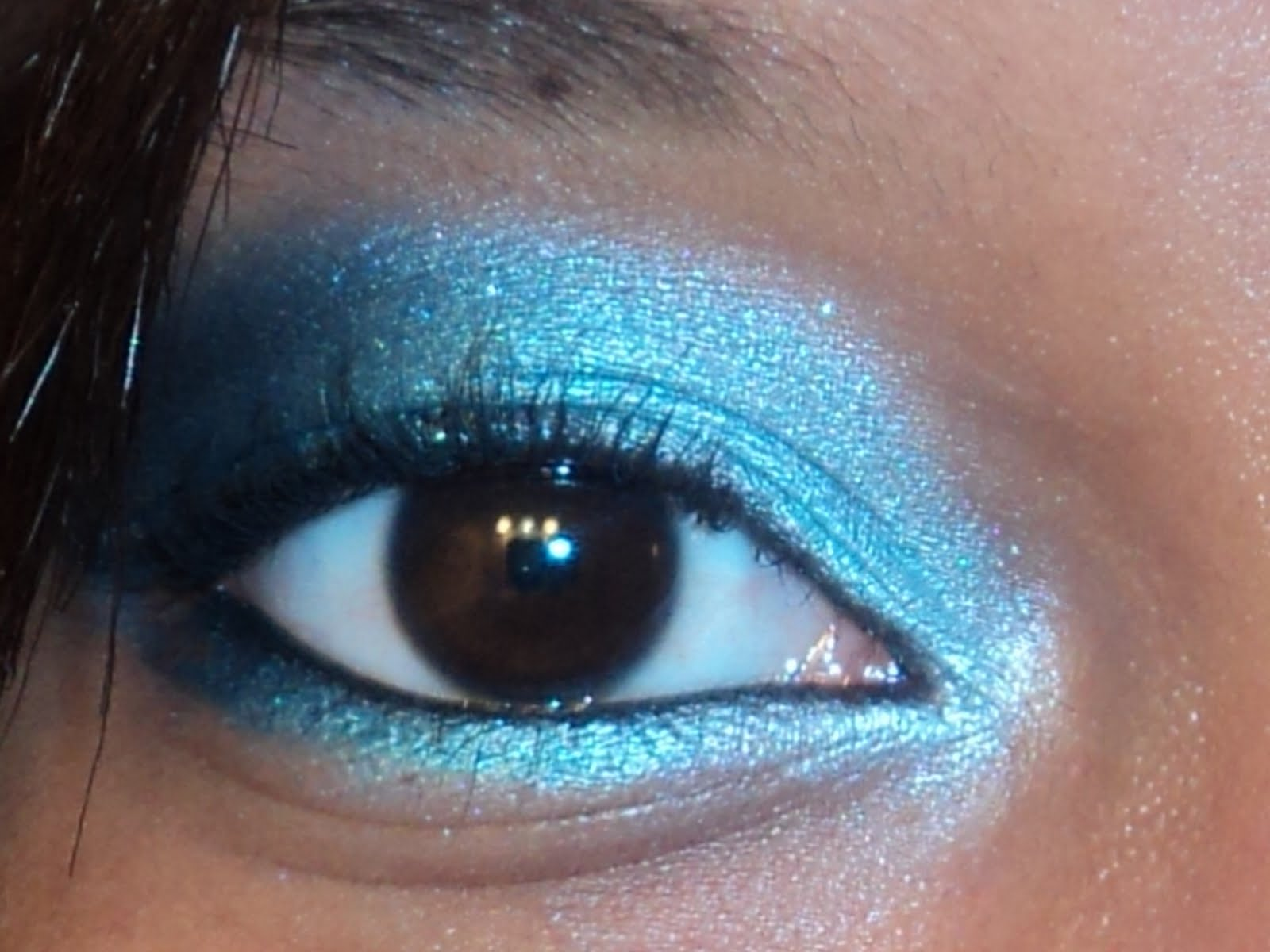 http://1.bp.blogspot.com/_PDLvVz0QiFw/TCUJFnnrWwI/AAAAAAAAAAY/caAgmLni6R4/s1600/Makeup+026.jpg