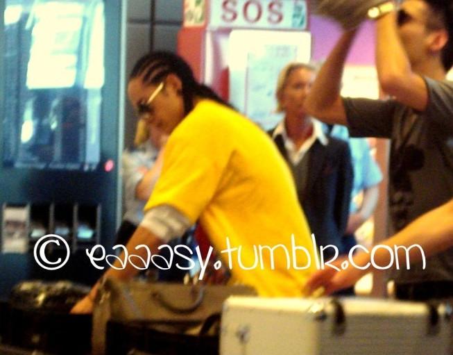 Tokio Hotel en el aeropuerto de Hamburgo 28.07.2010 41999524