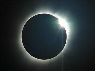 Gerhana Bulan 16 Juni Akan Lebih Spektakuler