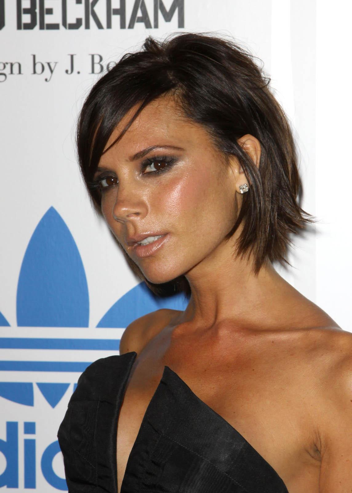 http://1.bp.blogspot.com/_PEPWIqGX5Uo/S8M_MYXiUVI/AAAAAAAAT1Q/ZR106nnUaxo/s1600/3Victoria+Beckham.jpeg