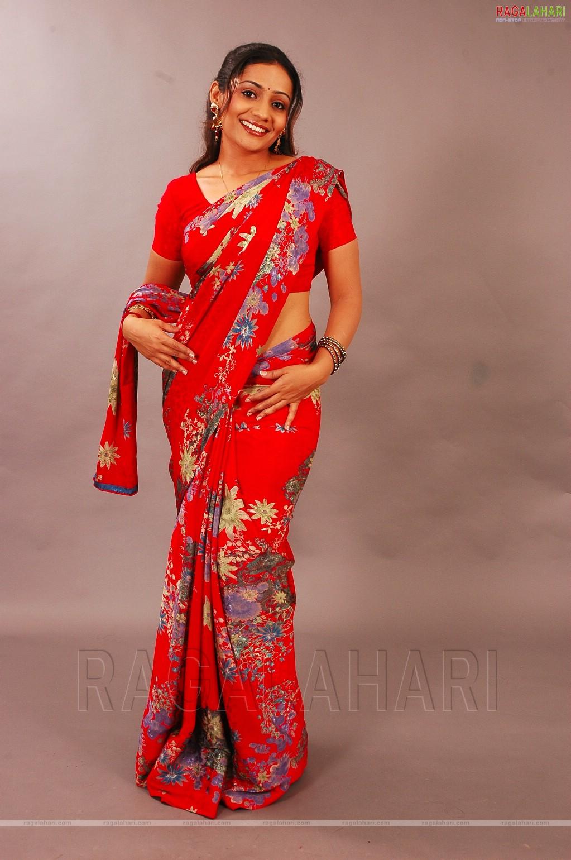 Hot Images Of Indian Actresses Meera Vasudev