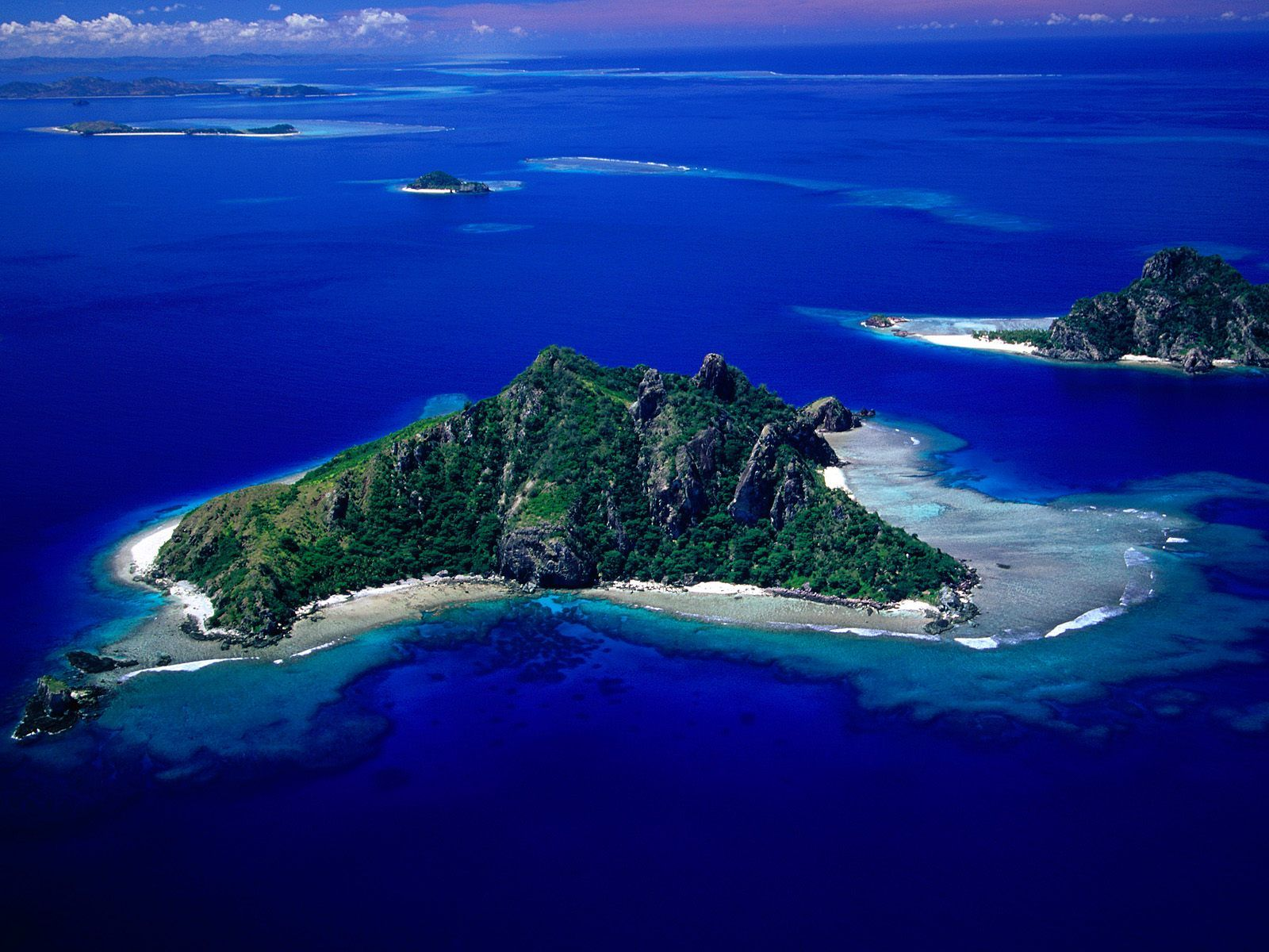 HD Wallpapers: Aerial View of Monu Island, Fiji