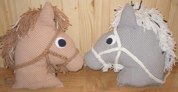 Cabeza de caballo de goma eva - Imagui