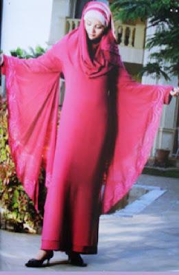 ازياء صيف محجبات 2010 Burgundy+hijab