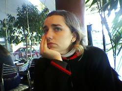 Tamara pensando