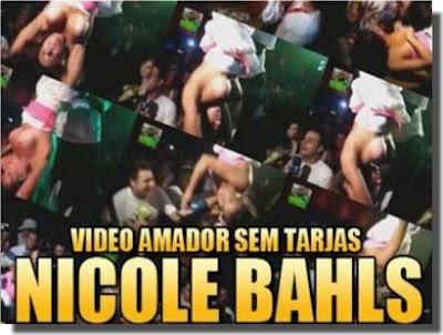 Baixar Vídeo Amador: Nicole Bahls mostrando peitos Boite Argentina
