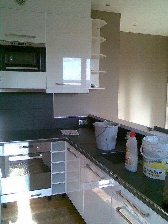home services r fection d 39 un 35 m2. Black Bedroom Furniture Sets. Home Design Ideas