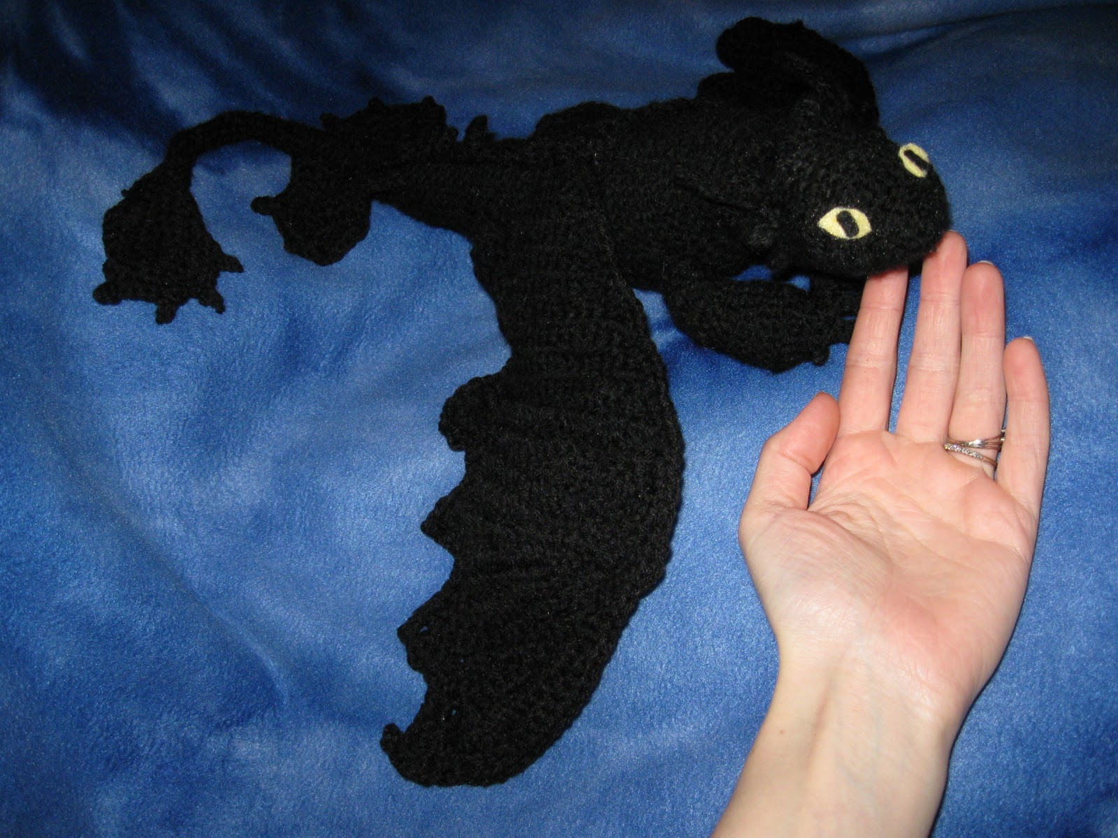 Toothless Dragon Amigurumi Pattern : Mostly nerdy crochet presenting toothless