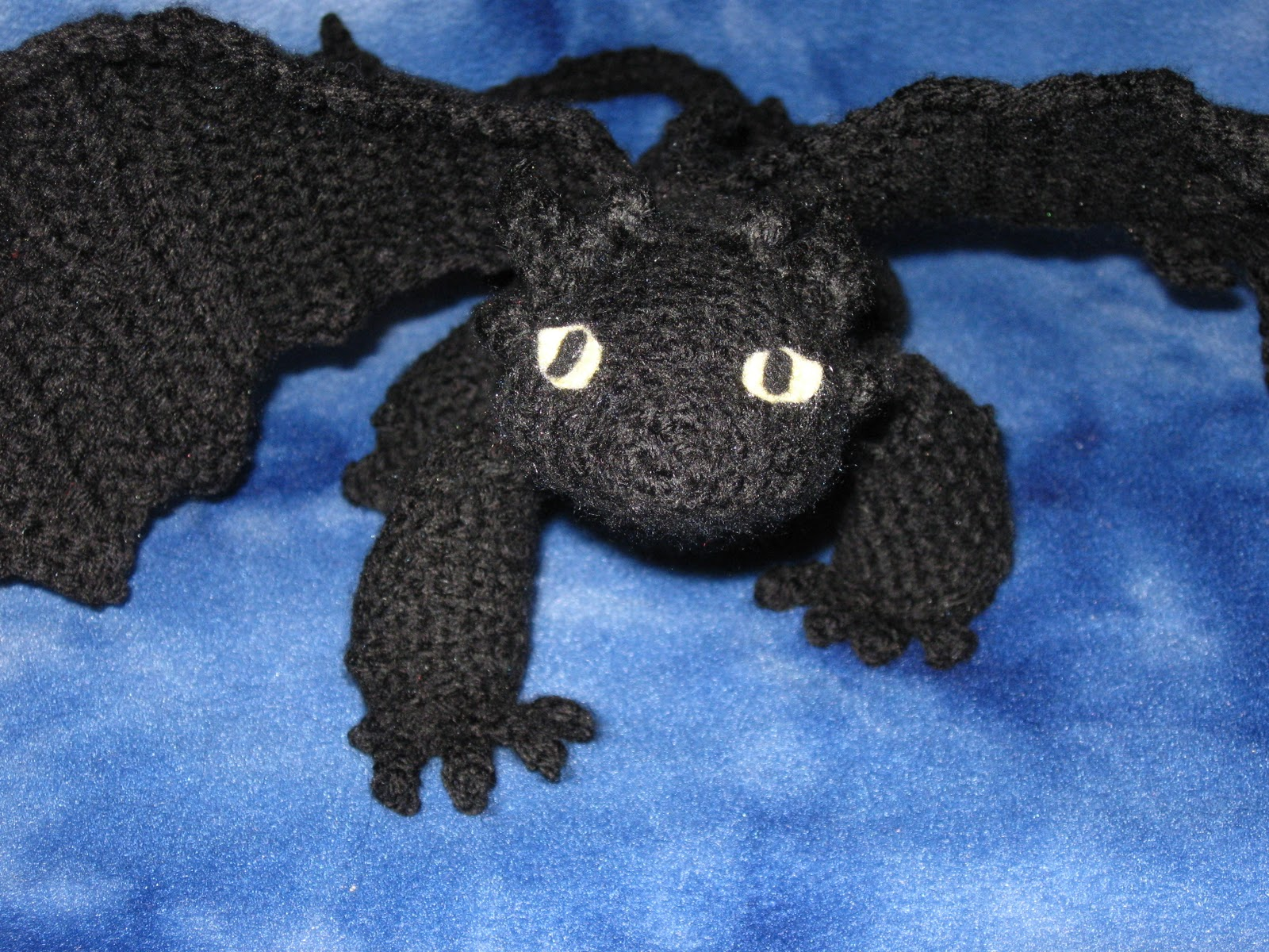 Free Crochet Pattern For Toothless The Dragon : Mostly Nerdy Crochet: Presenting Toothless