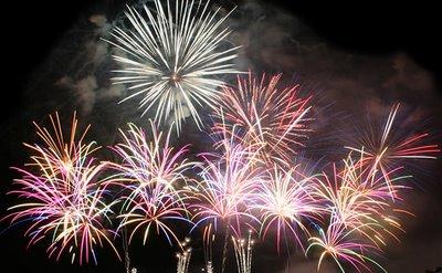 [fireworks-show-15.jpg]